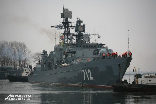 В Калининграде во время ремонта загорелся сторожевой корабль «Неустрашимый».