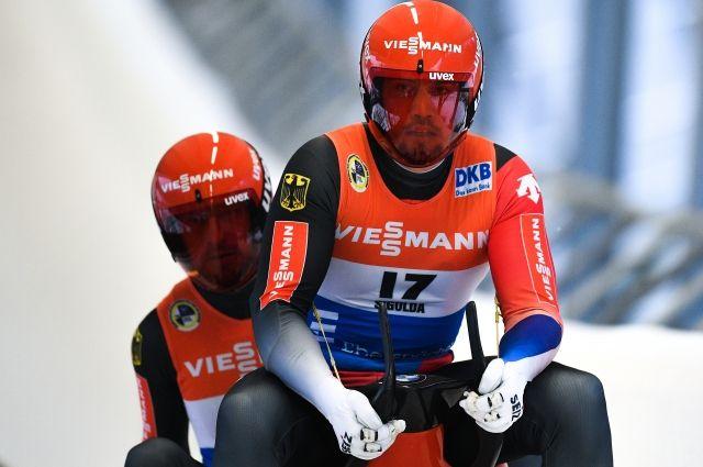 Немцы Вендль иАрльт стали трехкратными олимпийскими чемпионами