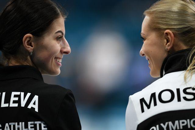 Ульяна Васильева и Виктория Моисеева
