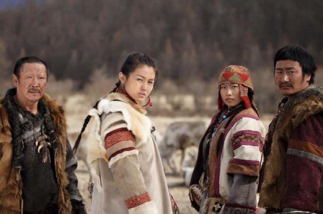 Фильм рассказывает о судьбе исчезающего народа.