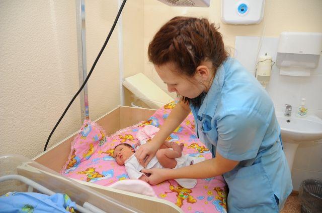В январе в Перми родилось 1210 детей: 638 мальчиков и 572 девочек.