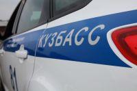 В Кузбассе грабителя, скрывавшегося с места преступления, сбил автомобиль.