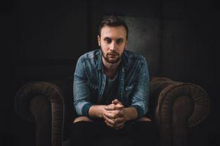 Видеоблогер и певец Руслан Кузнецов в гостях у АиФ.ua