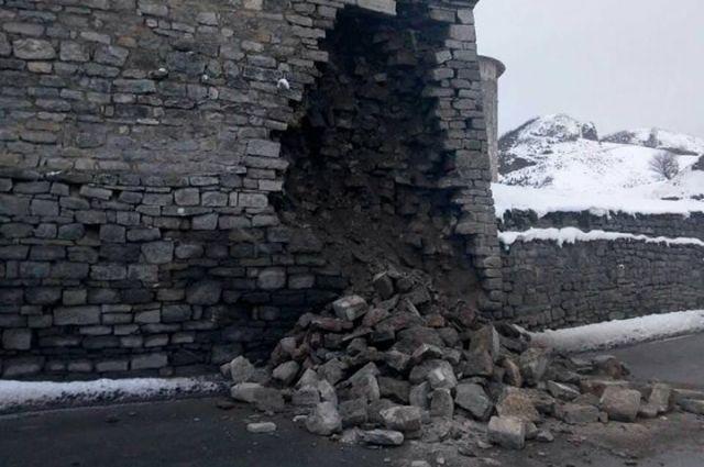ВКаменце-Подольском обвалилась стена легендарной Старой крепости