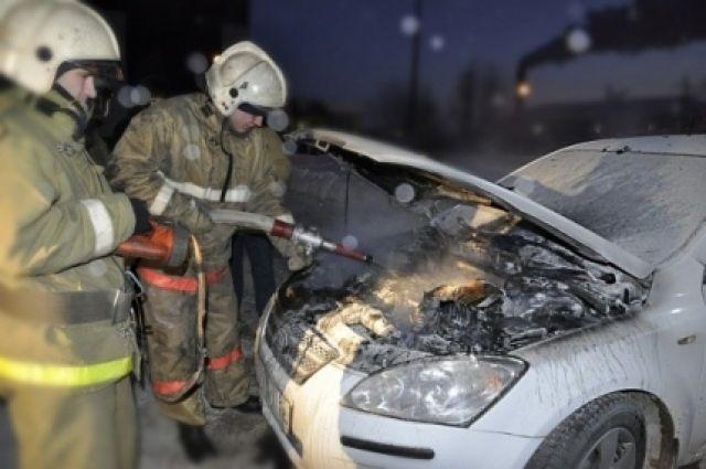 В Кемеровской области сгорела иномарка.