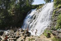 Пещерский водопад.
