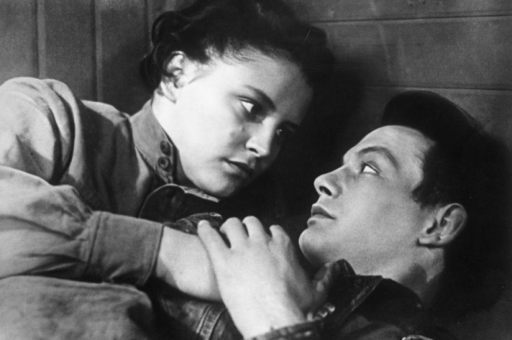 Еще одной яркой ролью стала роль Риты в фильме «Павел Корчагин» (1956). Самого Павла Корчагина сыграл Василий Лановой.