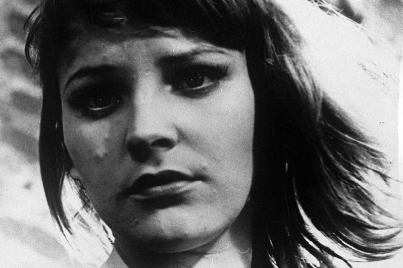 Вскоре Леждей вышла замуж за начинающего кинорежиссера Владимира Наумова, который снял ее в нескольких своих фильмах. Роль проститутки Мари в фильме «Ветер» (1958) стала одной из сильнейших в карьере актрисы.