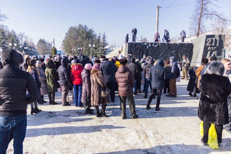 Одно из требований обманутых вкладчиков к главе Следкома РФ Бастрыкину - взять следствие под особый контроль.