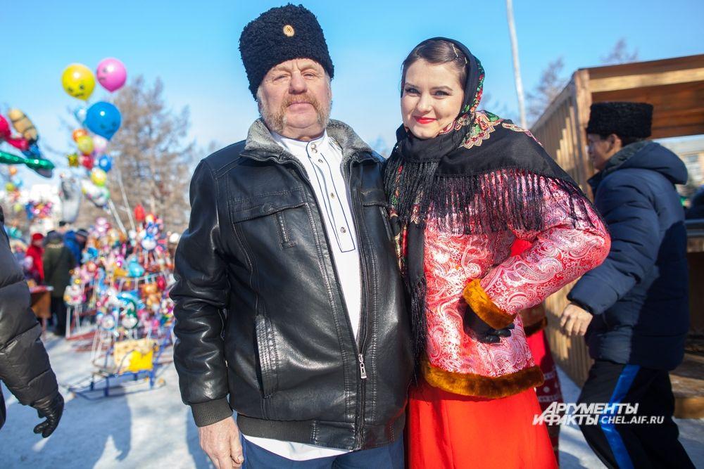 Многие участники праздника пришли в народных костюмах.