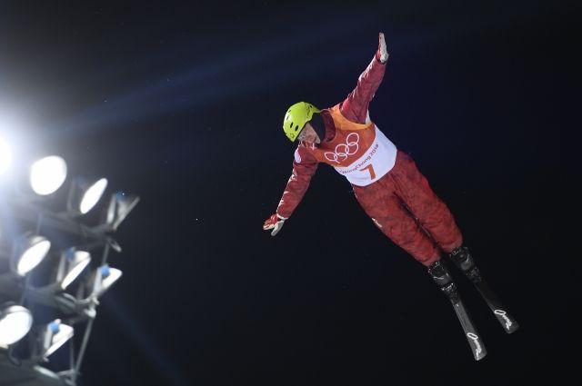 Кротов и Буров сразятся за медали по лыжной акробатике