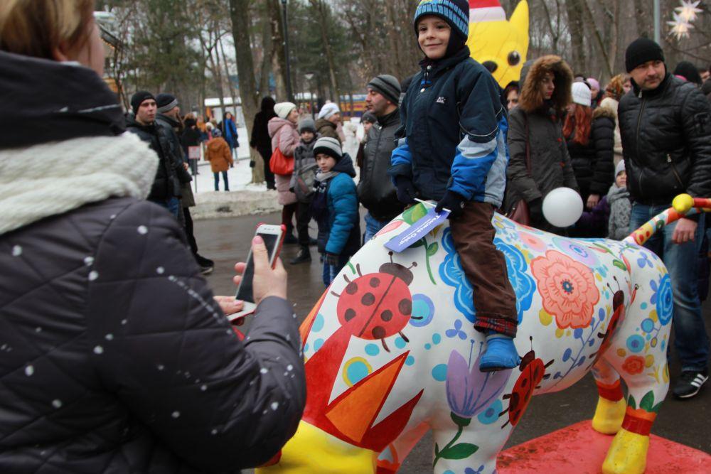 Повсюду звучали русские-народные напевы под баян. Получился настоящий Фестиваль блинов с разнообразными начинками, с вкусным чаем и народными гуляниями, которые объединяют ростовчан.