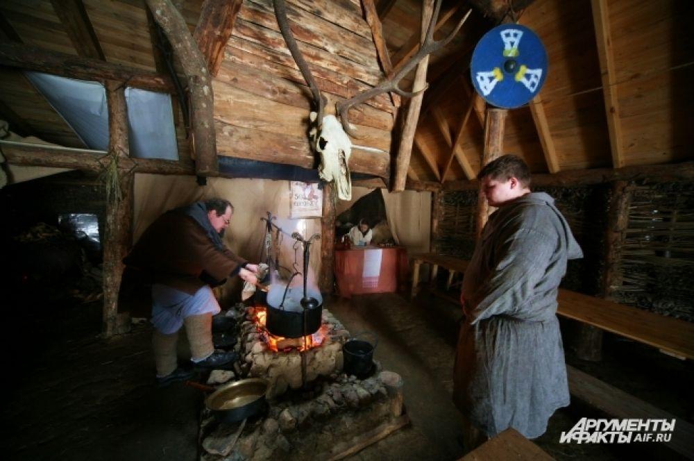 Масленица в деревне эпохи викингов Кауп.