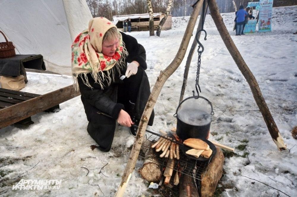 Обеды викинги готовили на костре. Не стала исключением и Масленица.