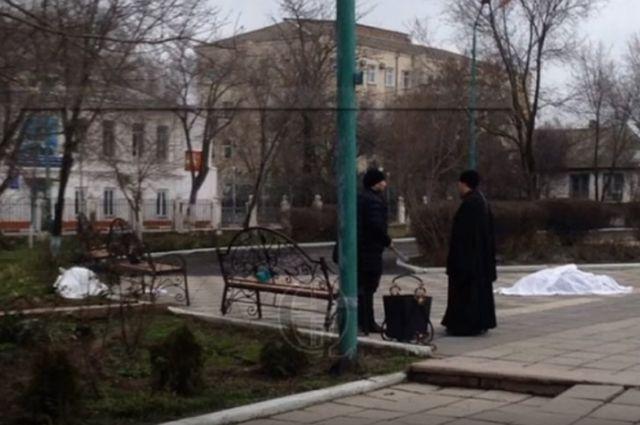Кто устроил стрельбу возле храма в Кизляре?