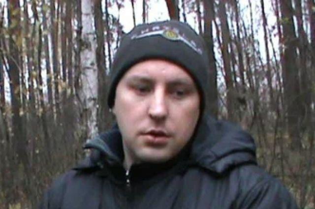Алексей Фалькин во время следственного эксперимента