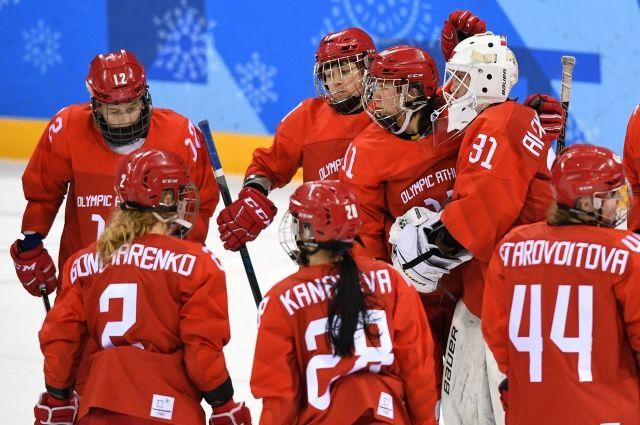 Российские хоккеистки уступили канадкам в полуфинале ОИ-2018