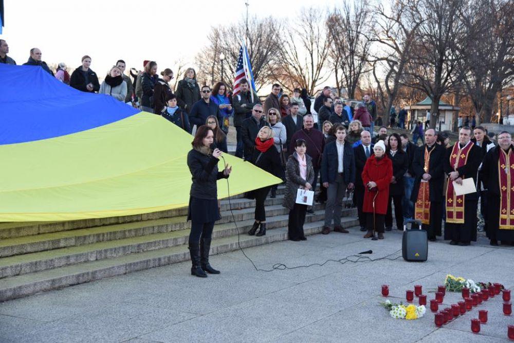 4 года назад в течение 18-19 февраля 2014 году на территории Майдана Независимости продолжались противостояния между активистами и «Беркутом».