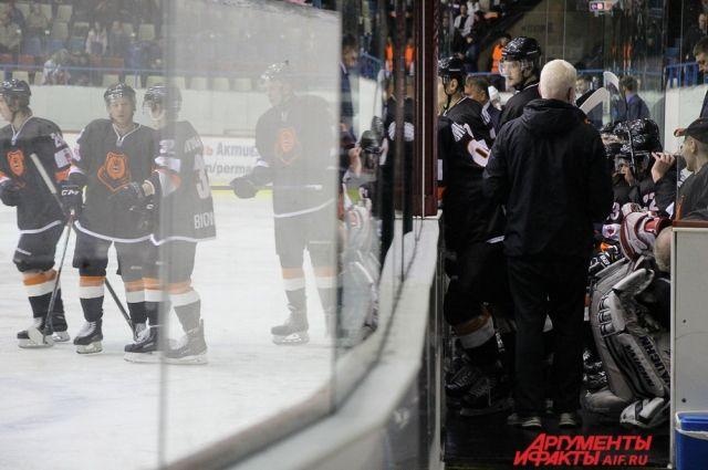 Петербургское «Динамо» сыграет с«Молотом-Прикамьем» впервом раунде плей-офф ВХЛ