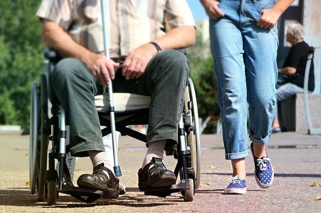 Чтобы не оказаться в инвалидном кресле, надо прислушиваться к своему организму.