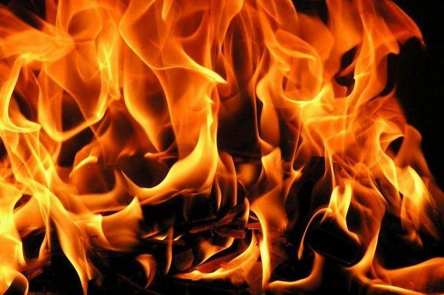 В Ивано-Франковске девушка выпрыгнула с балкона горящей квартиры