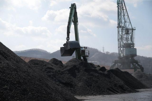 Поставки угля изсоедененных штатов помогли улучшить отношения государства Украины садминистрацией Трампа