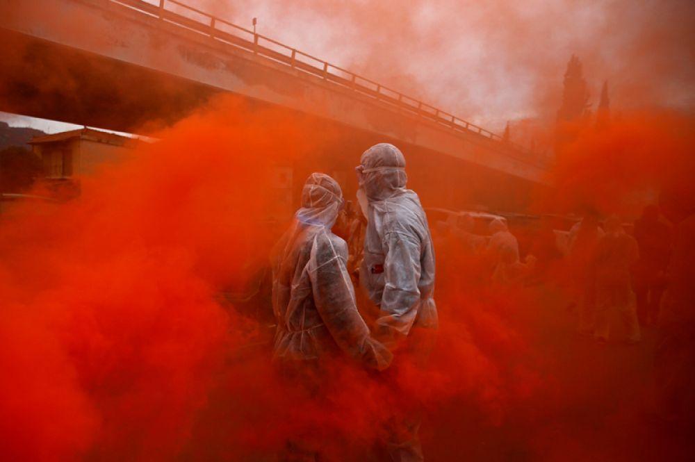«Мучные войны» в Чистый понедельник, Галаксиди, Греция.