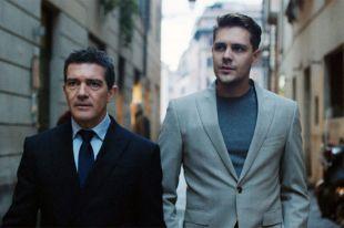 Майкл (актёр Милош Бикович, нафото справа) иГордон (Антонио Бандерас) хотят подмять под себя мир больших ставок. Фото предоставлено пресс-службой кинокомпании «КИНОДАНЦ»