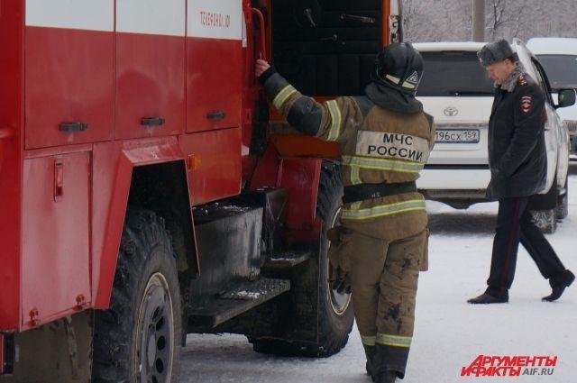 Один человек погиб и двое пострадали при пожаре на фабрике в Иваново