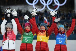 Призеры эстафетной лыжной гонки (слева направо): Наталья Непряева, Юлия Белорукова, Анастасия Седова и Анна Нечаевская.