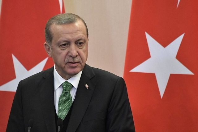 Эрдоган: сирийские ополченцы отступили из Африна под огнем