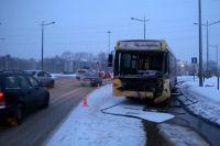 В автобусе первого маршрута пассажиров не было.