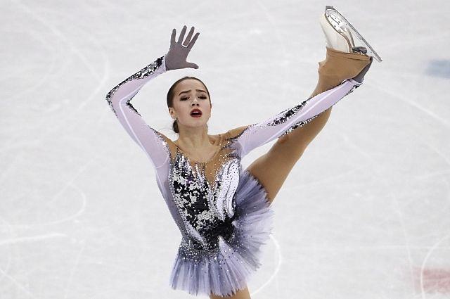 Загитова сообщила, что конкуренция с Медведевой не мешает их дружбе