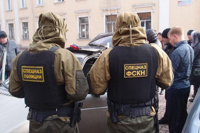 После сбыта наркотиков полицейский был задержан.