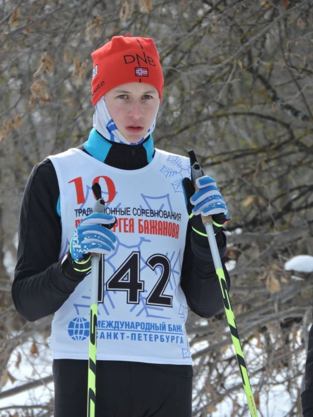 К старту готовится лыжник из Сурского района