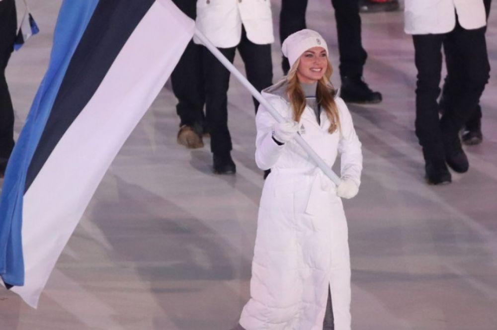 Саския Олусалу - первая красавица Олимпиады-2018. Ее красоту отметили еще на церемонии открытия, поскольку она была знаменосцем сборной Эстонии. Саския - многократный призер чемпионатов Эстонии и первая девушка-конькобежец в стране, кто сдал олимпийский норматив.
