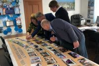 Комиссии пришлось выбирать из снимков 39 семей.
