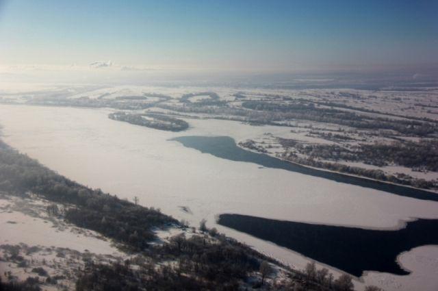 На реках региона наблюдается ледостав.