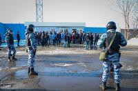 Со стадиона эвакуировали людей.