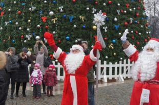 В Пионерском Дед Мороза избил подростка за отказ прочитать стих.