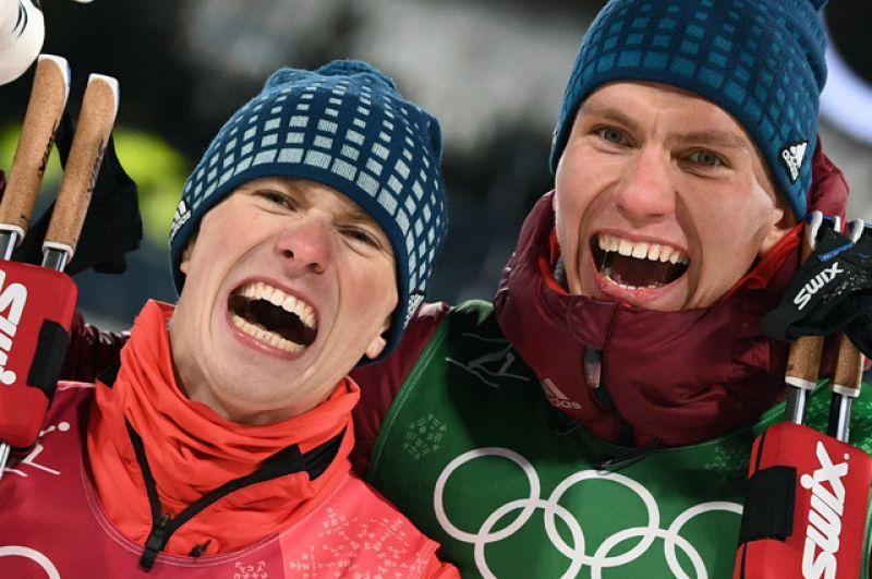 Серебряная медаль в командном спринте: Денис Спицов, Александр Большунов.