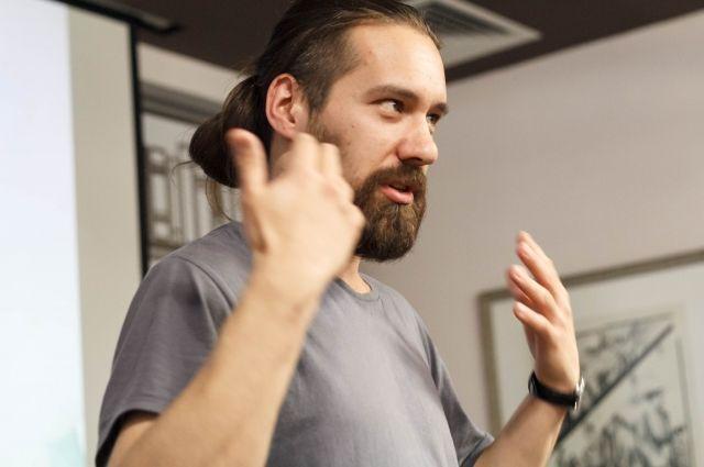 Ярослав Михалев: Урок – это 40 минут, которые вы и еще 30 человек проживаете вместе. Это маленькая жизнь, в течение которой мы учимся строить взаимоотношения.