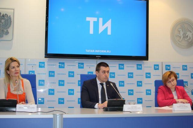 Организаторы благотворительной акции «Корзина доброты» - X5 Retail Group и Фонд продовольствия «Русь» - передадут продукты нуждающимся пенсионерам.