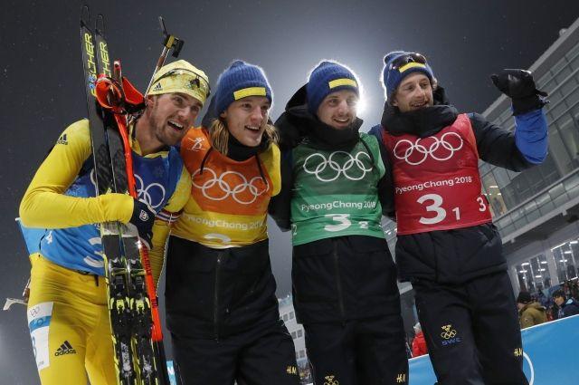 Мужская сборная Швеции по биатлону выиграла эстафету на Олимпиаде