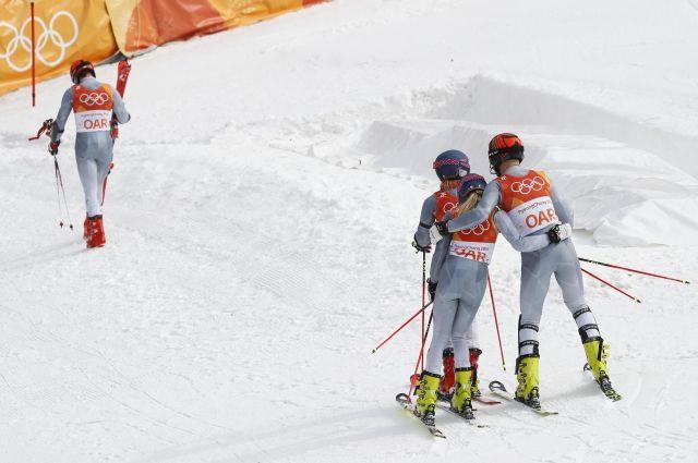 Горнолыжники из РФ не попали в четвертьфинал командных соревнований на ОИ