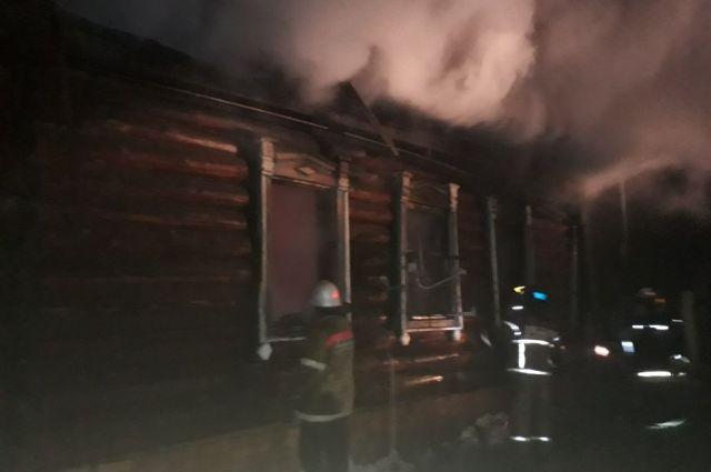 Тела четверых мужчин отыскали всгоревшем доме под Челябинском