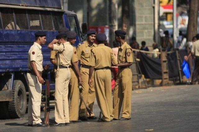 В Индии молодожены получили в подарок бомбу