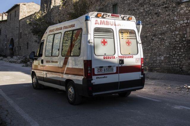 Неменее 50 человек пострадали впожаре надискотеке вИталии