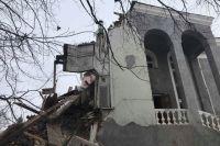 Разрушенное здание дома приемов обкома партии в Оренбурге.