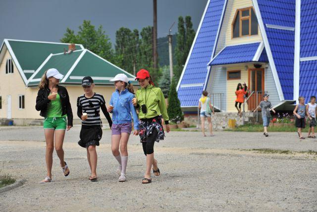 Отдых за пределами Белоярского района доступен в Республике Беларусь, в Краснодарском крае и в Республике Крым.
